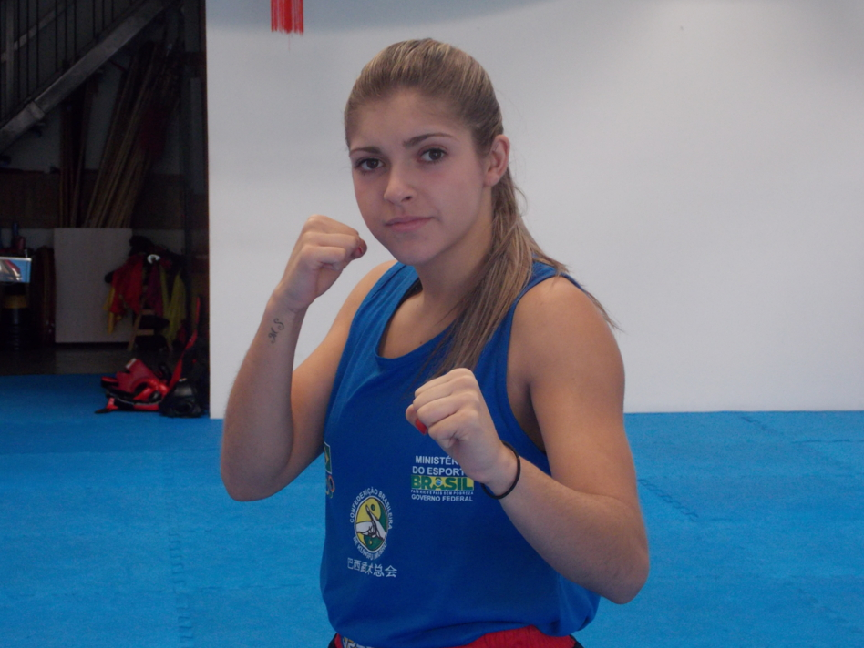 Lutadora Bruna Ellen representará Brasil no Campeonato Sul Americano de Sanda