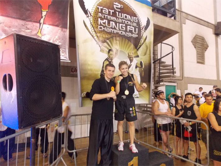Bruna Ellen Campeã do Tat Wong International 2013 de Sanda Kung Fu